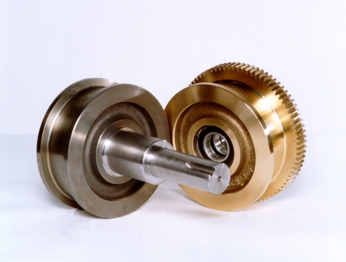 one live axle double flange crane wheel and one geared bronze aluminum double flange crane wheel